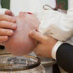 ¿Qué se necesita para poder bautizar a un hijo?
