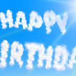 Ideas de frases de cumpleaños para amigos