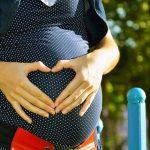 ¿Qué me pongo para el baby shower? Consejos de etiqueta para la mamá