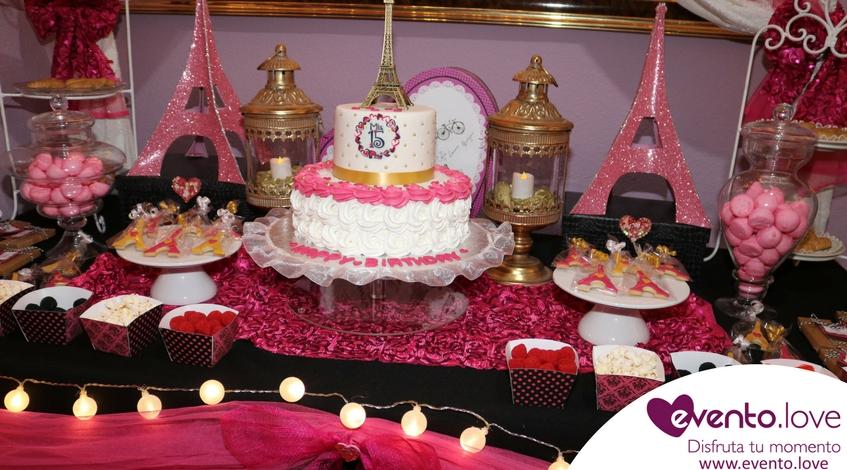Evento Love Fiesta Quince 15 París rosa fucsia negro torre eiffel