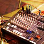 Claves para contratar un DJ para una fiesta