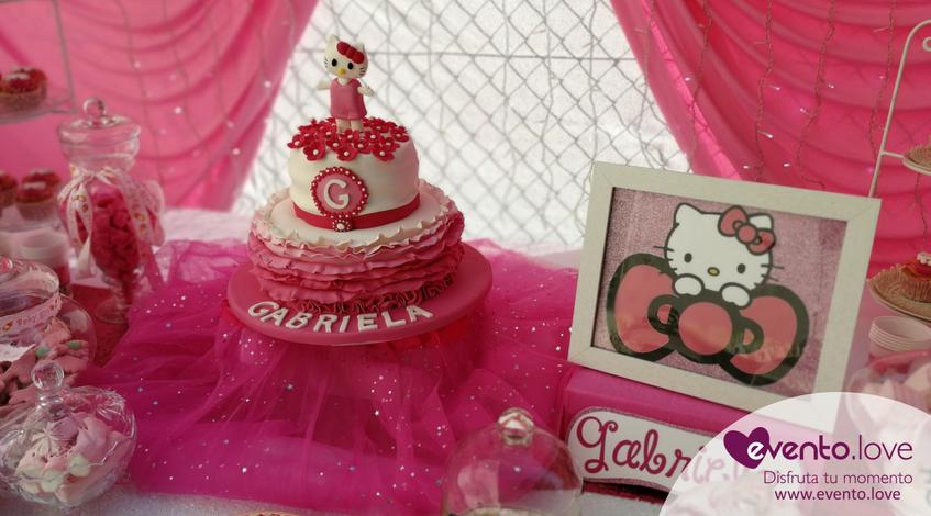 baby shower de Hello Kitty Madrid mesa dulce tarta personalizada rosa