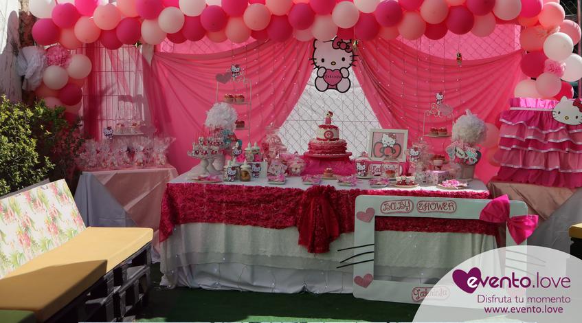 baby shower de Hello Kitty Madrid mesa dulce terraza aire libre tarta personalizada candy bar