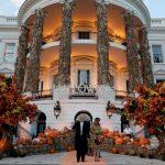 Nos colamos en las decoraciones de Halloween de los famosos