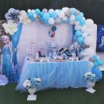 La pequeña Martina y su fiesta de cumpleaños de Frozen