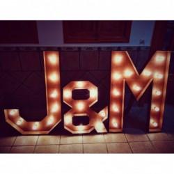 Letras de boda luminosas gigantes de madera